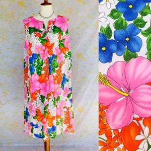 True Vintage🌸60s Hawaiian Floral Tent Dress!